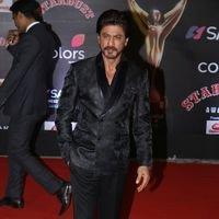 Shahrukh Khan - Red Carpet: Sansui Colors Stardust Awards 2016 Pictures