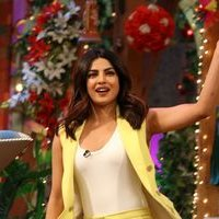 Priyanka Chopra - PICS: Promotion of Punjabi film Sarvann on the sets of The Kapil Sharma Show