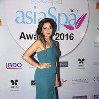 Kanika Kapoor - Celebs at Geo Asia Spa Awards 2017 Images