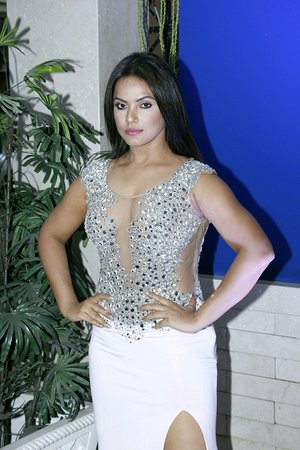 Neetu Chandra @ Launch of Rebecca Dewan Store New Fashion Collection Images