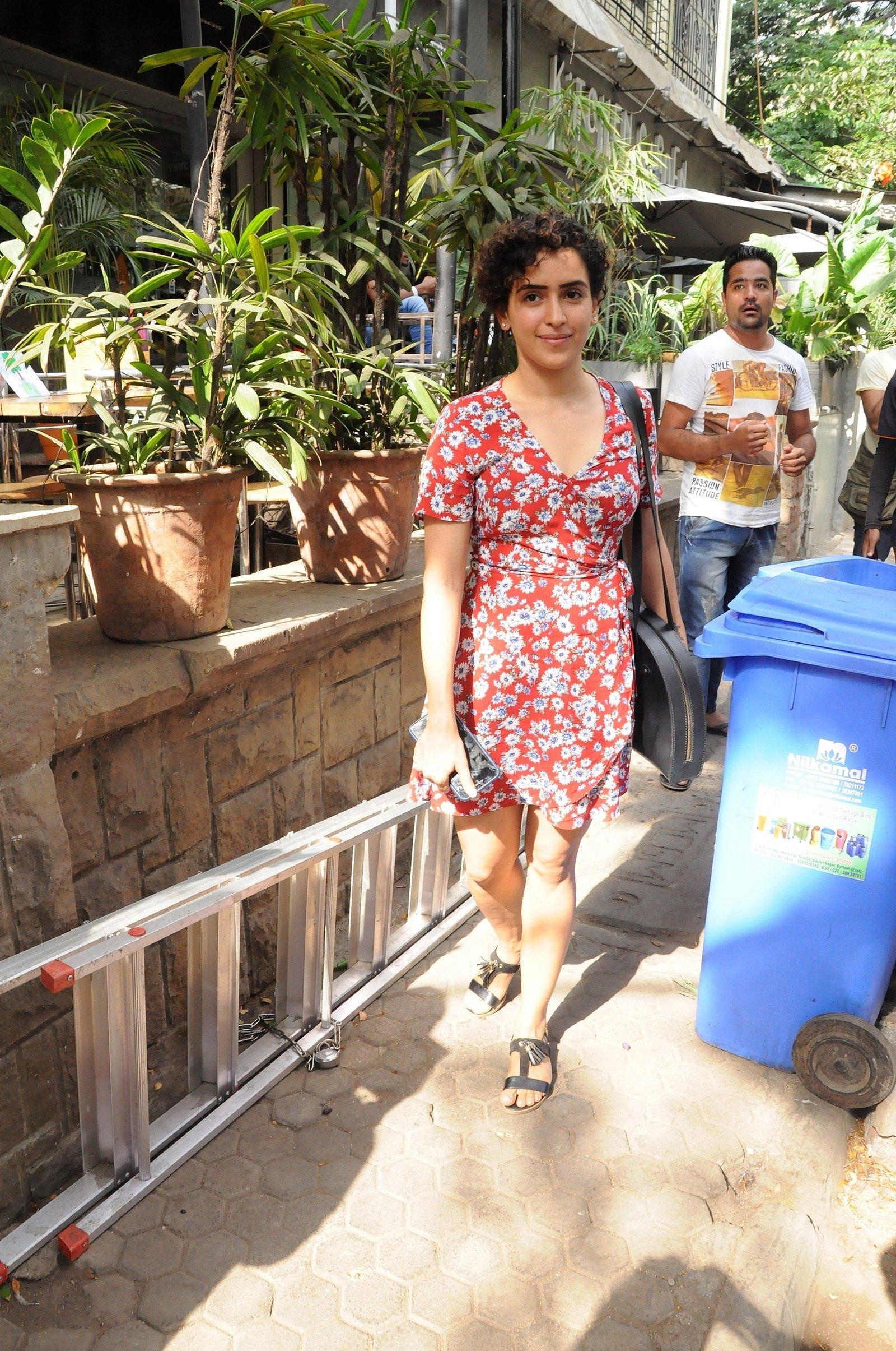 Sanya Malhotra   Celebs Spotted At Bandra On 22nd April ... Jennifer Lopez Movies