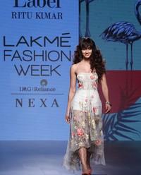 Disha Patani walks for Ritu Kumar during LFW 2017 Pics | Picture 1523706
