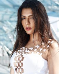 Ruhi Singh Hot Photoshoot | Picture 1524628