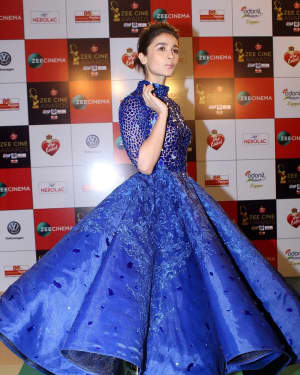 Alia Bhatt - Photos: Celebs At Red Carpet Event Of Zee Cine Awards 2018
