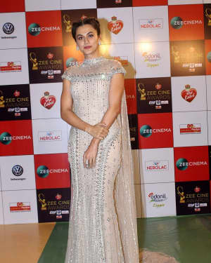 Taapsee Pannu - Photos: Celebs At Red Carpet Event Of Zee Cine Awards 2018