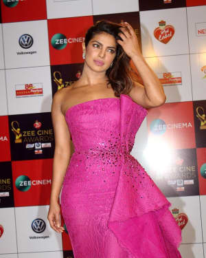 Priyanka Chopra - Photos: Celebs At Red Carpet Event Of Zee Cine Awards 2018