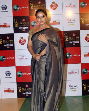 Neetu Chandra - Photos: Celebs At Red Carpet Event Of Zee Cine Awards 2018