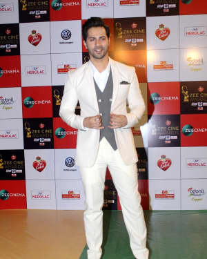 Varun Dhawan - Photos: Celebs At Red Carpet Event Of Zee Cine Awards 2018