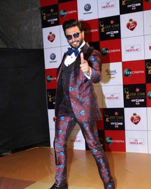 Ranveer Singh - Photos: Celebs At Red Carpet Event Of Zee Cine Awards 2018