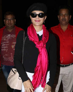 In Pics: Jacqueline Fernandez Snapped At Mumbai Airport