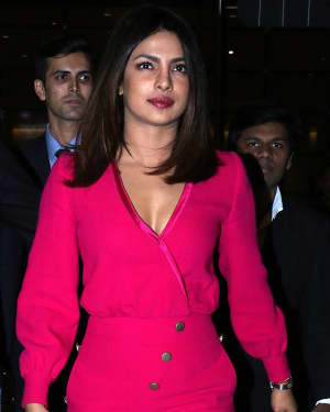 Photos: Priyanka Chopra Snapped at Mumbai Airport