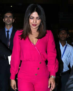 Photos: Priyanka Chopra Snapped at Mumbai Airport | Picture 1555343