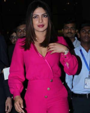 Photos: Priyanka Chopra Snapped at Mumbai Airport | Picture 1555341