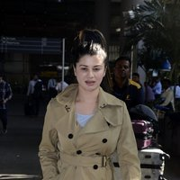 Kainaat Arora Spotted at International Airport Images
