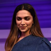 Deepika Padukone - Launch of Gillette Venus Breeze Images