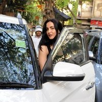 Elli Avram Spotted Today At Bandra Photos