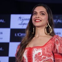 Deepika Padukone unveils L'oreal Paris Cannes Collection 2017 Pics