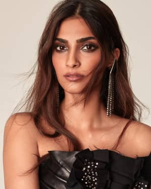 Sonam Kapoor in Vogue India 2017 November Issue Photoshoot