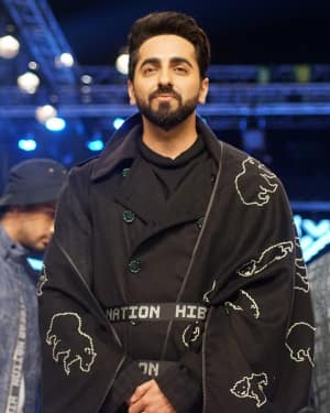 Ayushman Khurana - In Pics: Van Heusen and GQ Fashion Nights 2017