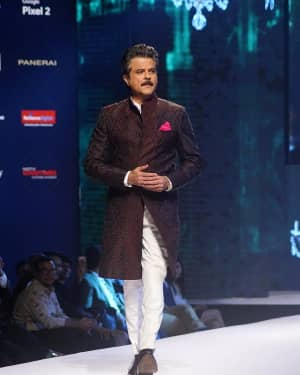 Anil Kapoor - In Pics: Van Heusen and GQ Fashion Nights 2017 | Picture 1544444
