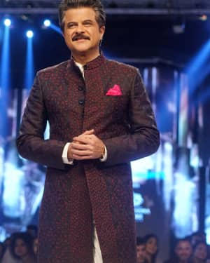Anil Kapoor - In Pics: Van Heusen and GQ Fashion Nights 2017