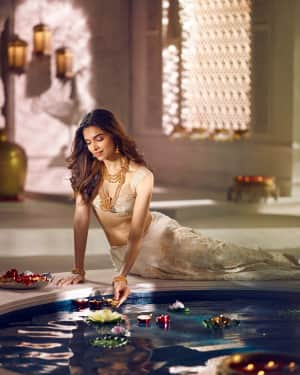 Deepika Padukone for Tanishq Photoshoot | Picture 1532662