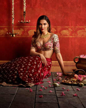 Deepika Padukone for Tanishq Photoshoot