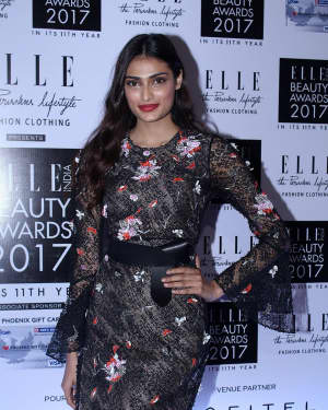 Athiya Shetty - In Pics: Elle India Beauty Awards 2017