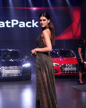 Kriti Sanon - In Pics: Red Carpet Of Luxury & Fashion As Hello! | Picture 1533836
