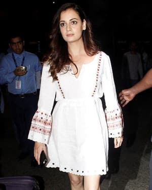 In Pics: Dia Mirza Snapped At Mumbai Airport   Picture 1534416
