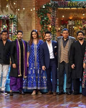 Golmaal Again - In Pics: Golmaal Again Team Visit On Set Of Drama Company and Promote Their Film