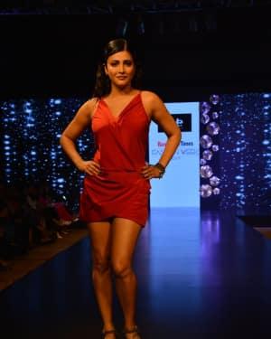 Shruti Haasan - In Pics: Celebs Walks Ramp At 1st Edition Of Bangalore Times Fashion Week