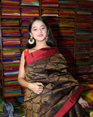In Pics: Helly Shah At Store Launch Of Sundari Silks | Picture 1535216