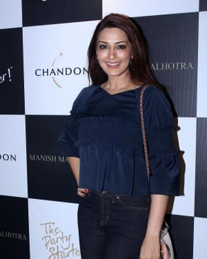Sonali Bendre - In Pics: Launch Of Manish Malhotra X Chandon Limited Edition End Of Year 2017 Bottles