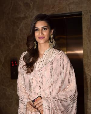 Kriti Sanon - In Pics: Celebs At Producer Ramesh Taurani Diwali Party