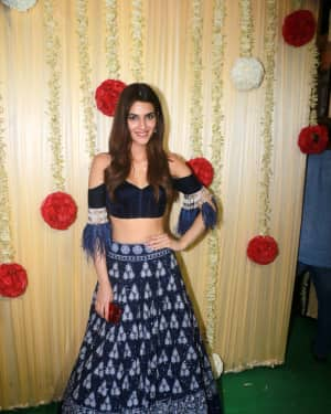 Kriti Sanon - In Pics: Celebs at Ekta Kapoor's Diwali Party
