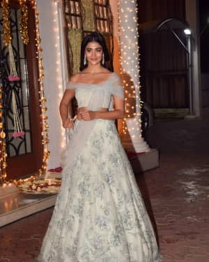 Pooja Hegde - In Pics: Shilpa Shetty Hosts Diwali Party