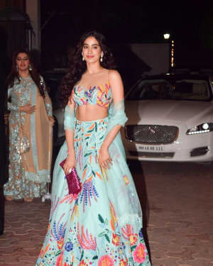 Janhvi Kapoor - In Pics: Shilpa Shetty Hosts Diwali Party | Picture 1538339