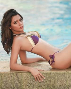 Ruhi Singh - Actress and Model Hot Instagram Photos
