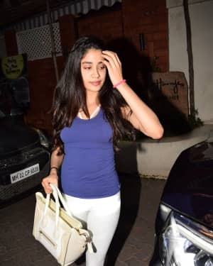 In Pics: Jahnvi Kapoor Spotted at Juhu