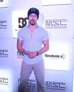 Tiger Shroff - In Pics: Myntra Sneaker Club Organise Pub Crawl