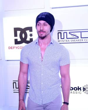 Tiger Shroff - In Pics: Myntra Sneaker Club Organise Pub Crawl | 1541280