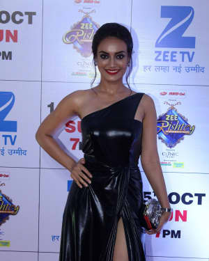 Surbhi Jyoti - In Pics: Red Carpet Of The Grand Celebration Of Zee Rishtey Awards 2017 | Picture 1526964