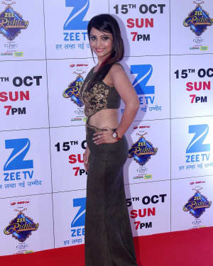 Adaa Khan - In Pics: Red Carpet Of The Grand Celebration Of Zee Rishtey Awards 2017