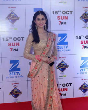 Sheen Dass - In Pics: Red Carpet Of The Grand Celebration Of Zee Rishtey Awards 2017