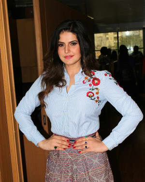 Zarine Khan - In Pics: Interview With Aksar 2 Team