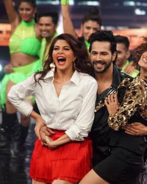 In Pics: Jacqueline, Varun and Taapsee Promotes Judwaa 2 In Dance Plus Final? Episodes   Picture 1529412