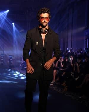 Hrithik Roshan - In Pics: Tech Fashion Tour Season 3