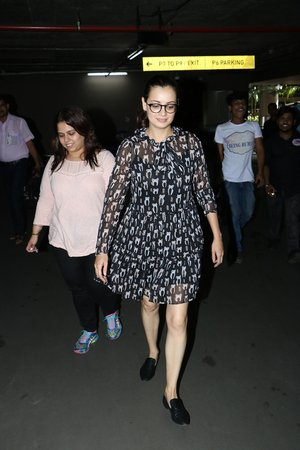 In Pics: Dia Mirza Snapped At Mumbai Airport