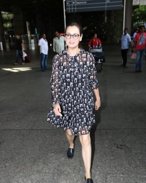 In Pics: Dia Mirza Snapped At Mumbai Airport   Picture 1529861